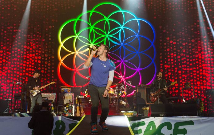 Coldplay at Glastonbury 2016 (Picture: Getty)