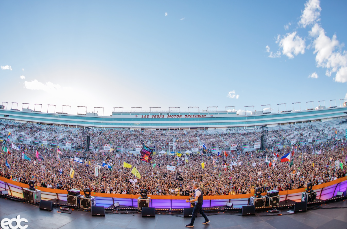 Las Vegas festival crowd