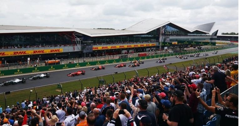 Silverstone crowds